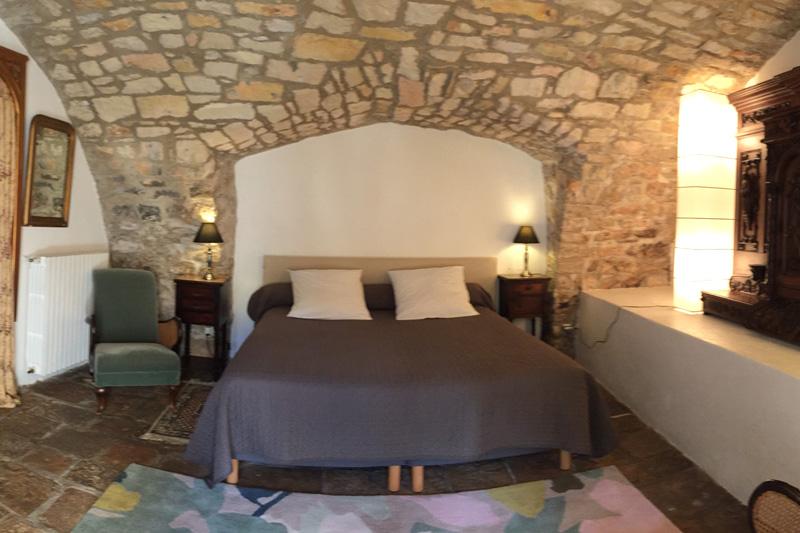 Chambre « Retable XVIIème » à l'Hermitage Saint Pierre.